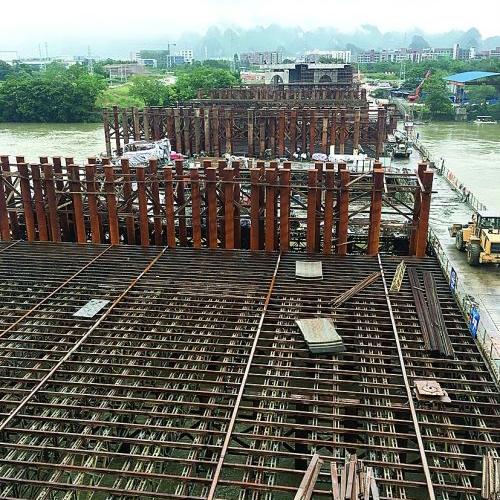 桂林龙门大桥工程建设