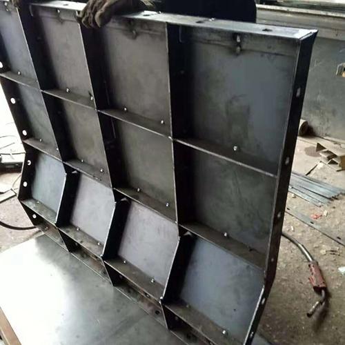 平价钢模板